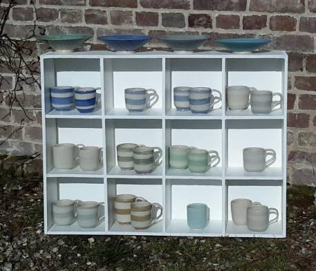 17f-mugs-rayes